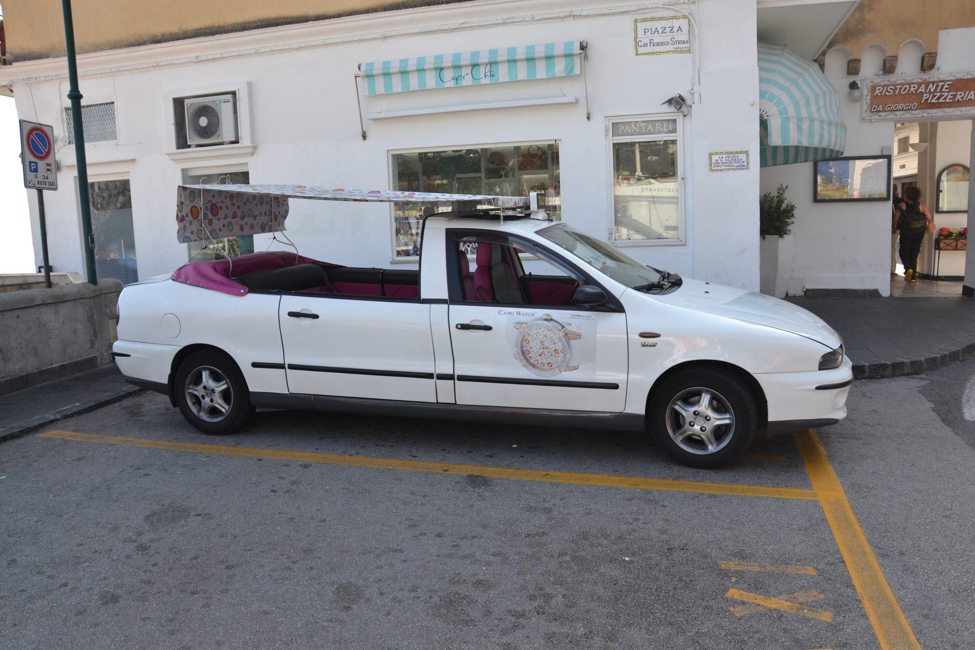 Такси-кабриолеты на Капри